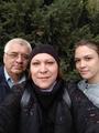 С мужем и дочерью собрались в кино