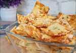 Домашние чипсы с сыром, луком и сметаной