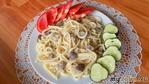Желудки куриные тушеные в сметане со спагетти