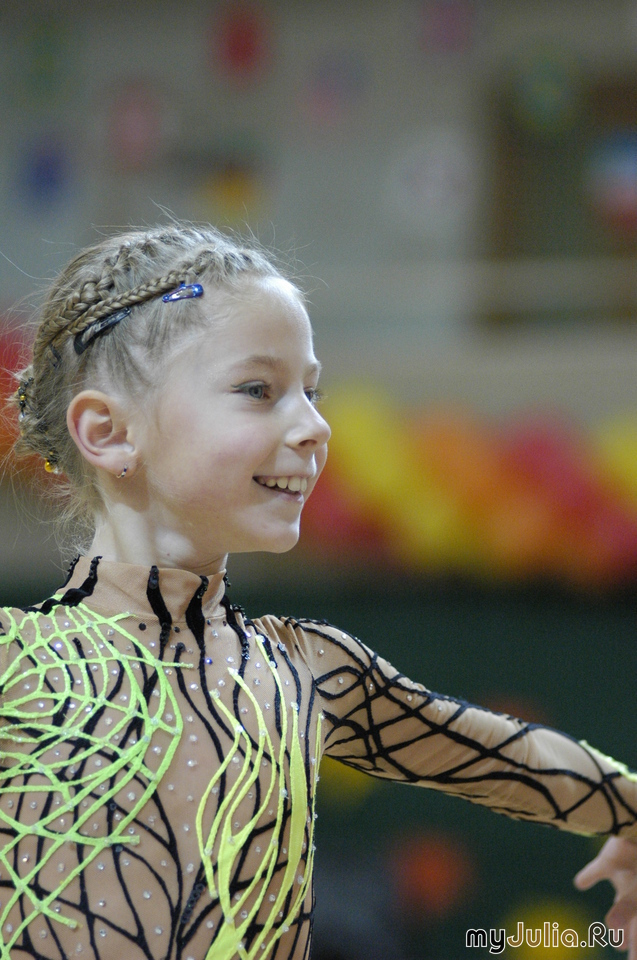 Фото прически для художественной гимнастики